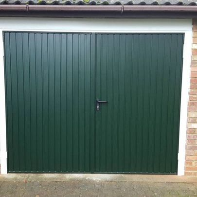 Garador Carlton Side Hinged in Fir Green